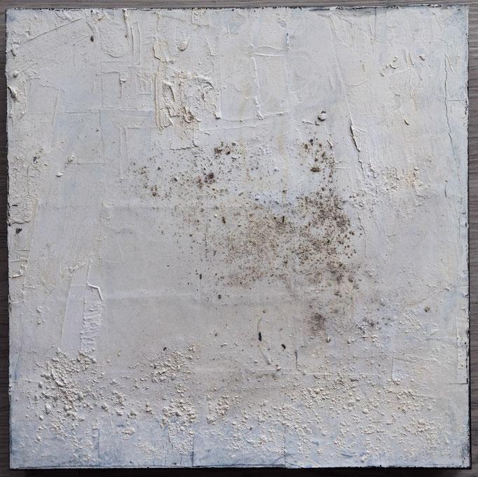 White 1, 2019, 30x30,Mischtechnik auf Holzkörper