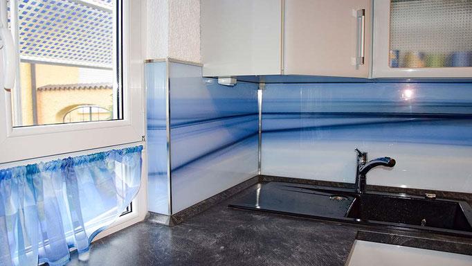 k chenr ckwand aus glas deluxe glas. Black Bedroom Furniture Sets. Home Design Ideas