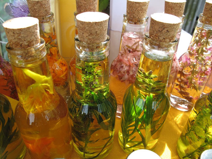 Kräuteressig- und Öl