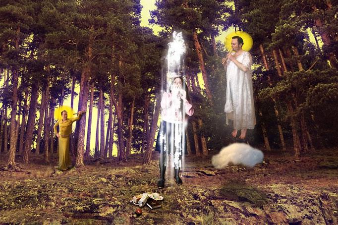 MARIÄ VERKÜNDIGUNG [fɛɐ̯ˈkʏndɪɡʊŋ] :  Das nachträgliche Kundtun eines wichtigen Sachverhalts, 50 x 33 cm, Fotomontage, 2015