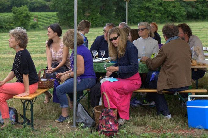 Festival JAZZ360 2015, nappe fleurie et verres à pied, la classe ! Château Lestange, Quinsac. 14/06/2015