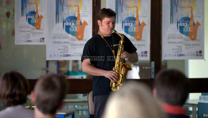 Saxophone alto. Rencontre musicale avec Baptiste Herbin, Festival JAZZ360 2014, Cénac. 07/06/2014