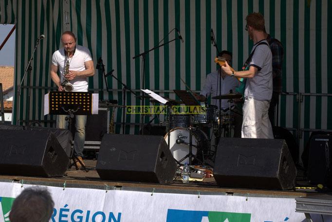Festival JAZZ360 2014, EBop Quartet, place du bourg, Cénac. 07/06/2014
