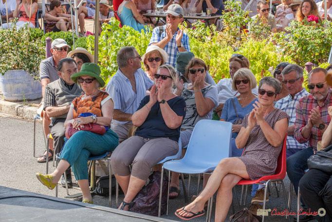 Le public apprécie le jazz manouche, presque une tradition au Festival JAZZ360 à Latresne. 11/06/2017