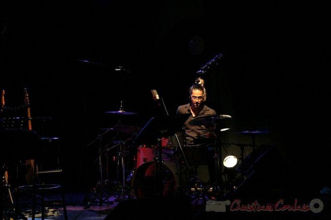 Vincent Sauve, batterie; Fada. Festival JAZZ 2010, salle culturelle de Cénac. 14/05/2010