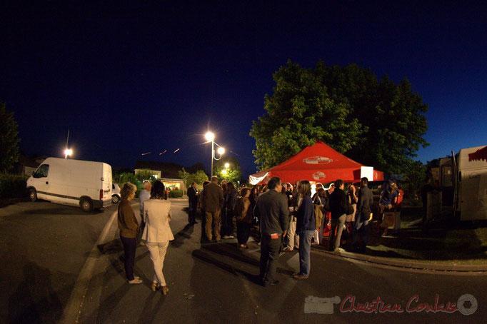 Entre deux concerts, Festival JAZZ360 2012, allées des écoliers, Cénac. 08/06/2012