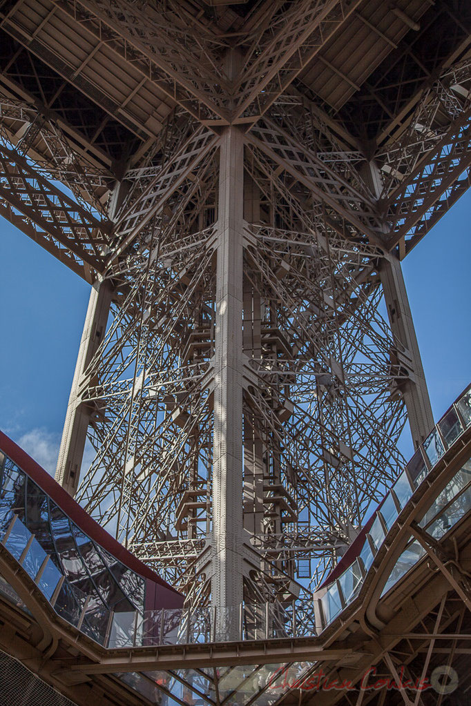Tour Eiffel, Paris 75007