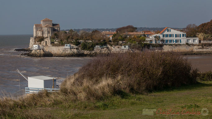 Talmont-sur-Gironde depuis la roche du Caillaud