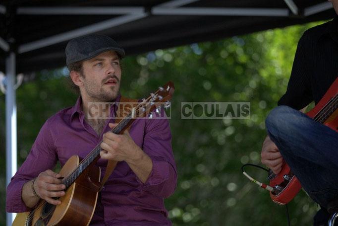 Baptiste Duperron, Baptiste Castets; Cadijo vagabond blues project, Festival JAZZ360 2014, Latresne. 08/06/2014