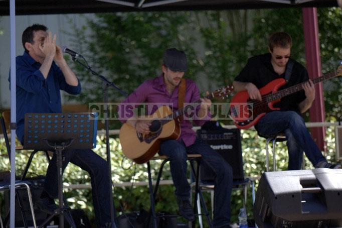 Cadijo, Baptiste Duperron, Baptiste Castets; Cadijo vagabond blues project, Festival JAZZ360 2014, Latresne. 08/06/2014