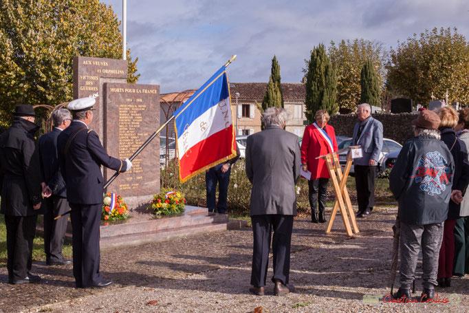 Minute de silence. Commémoration du 11 novembre 1918 à Cénac, 11/11/2017