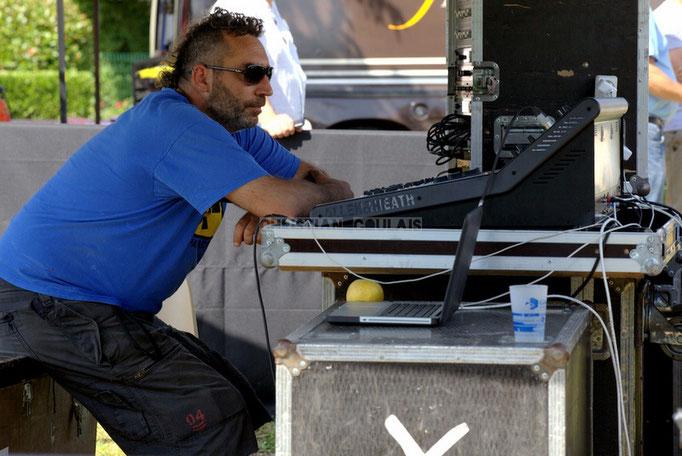 Tony, régisseur son extérieur du Festival JAZZ360 2014, Thomas Mayeras Trio, Cénac. 07/06/2014