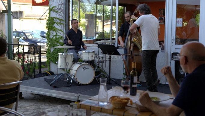 José Vicente Da Silva, Aurélien Gody, Fred Marconnet; Soundscape Trio, Festival JAZZ360 2014, Cénac. 07/06/2014