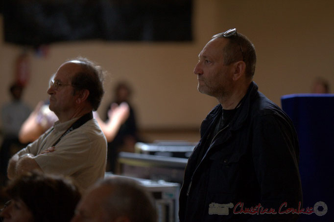 à droite, Francis Henry, saxophoniste, bénévole JAZZ360. Django Phil, Festival JAZZ360 2013, Latresne. 09/06/2013