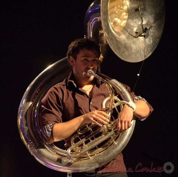 Damien Bachère et son soubassophone; Manguidem Taf Taf Trio, Festival JAZZ360 2012, Cénac. 09/06/2012