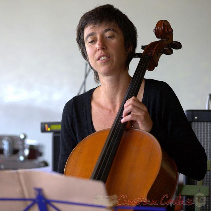 Julie Läderach