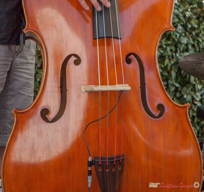 Contrebasse de Fabrice Camboulive, Mystèretrio Quartet, Festival JAZZ360, Latresne. 11/06/2017