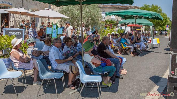 Troisième concert gratuit de la dernière journée du Festival JAZZ360, un public toujours aussi nombreux. Latresne. 11/06/2017