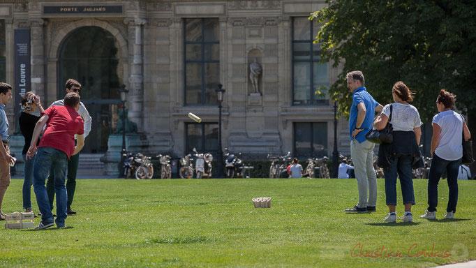 Jeu de Mölkky, Jardin du Carrousel, Paris 1er