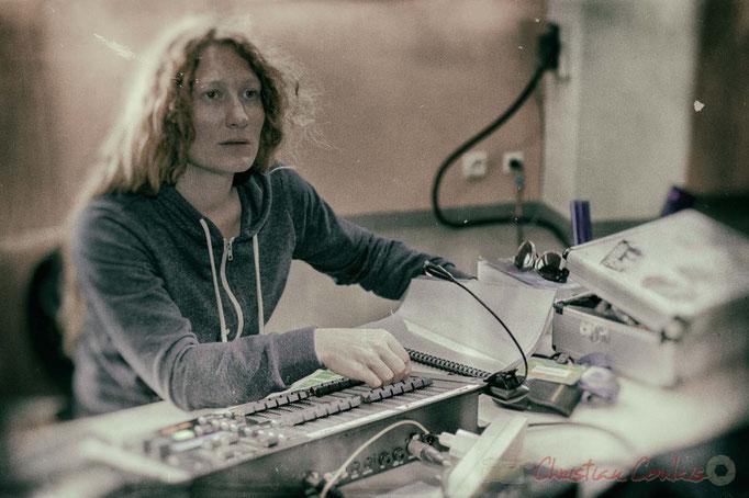 Leslie Seuve, responsable des lumières scène de la salle culturelle de Cénac. Festival JAZZ360 2016