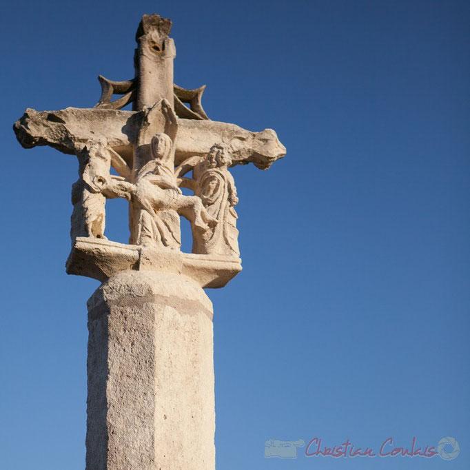 Croix du cimetière de Croignon, XVIème siècle