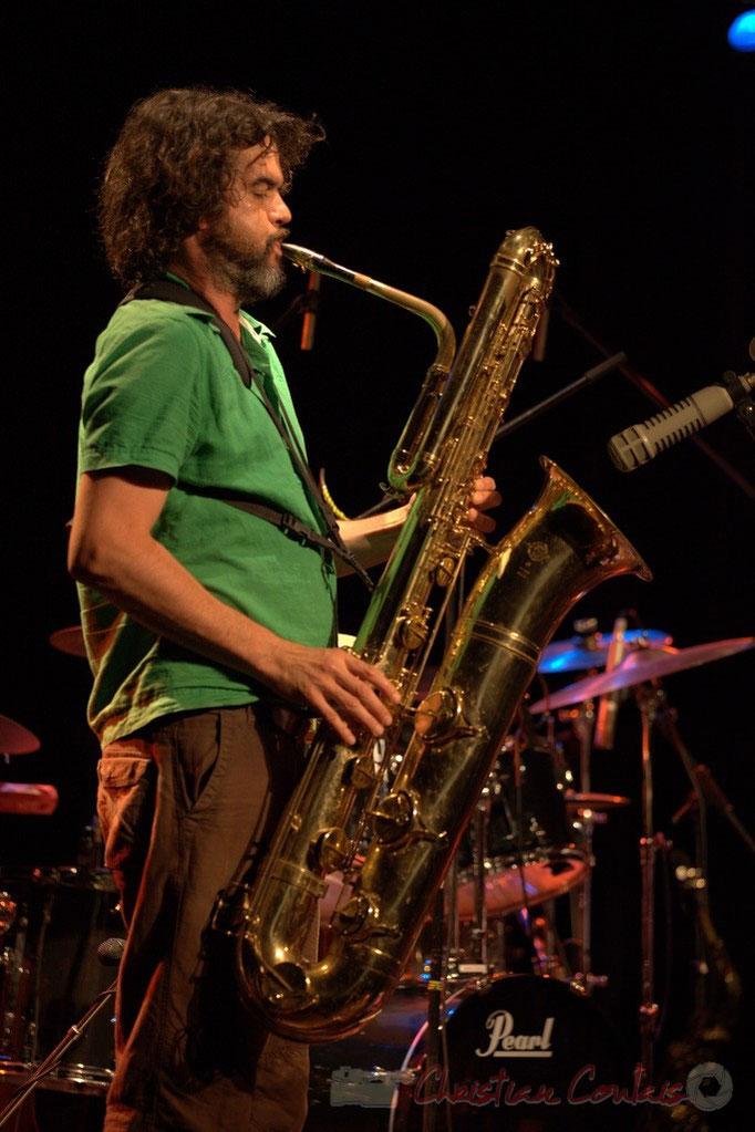 Grat Martinez et son saxophone baryton; Manguidem Taf Taf Trio, Festival JAZZ360 2012, Cénac. 09/06/2012