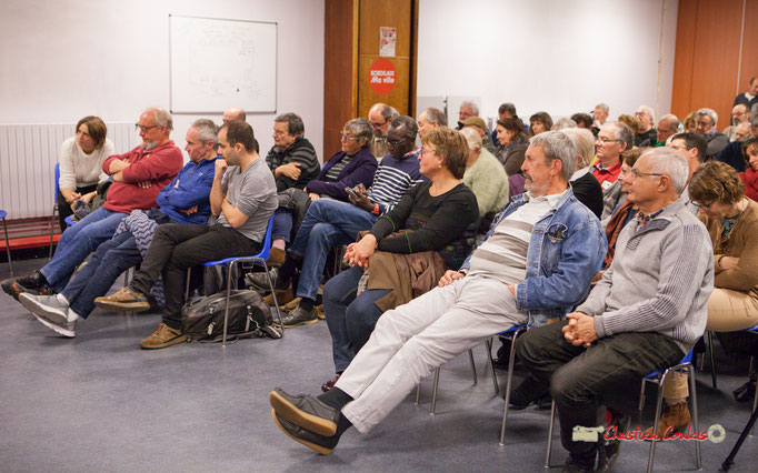 1/2 Applaudissements fournits pour les propose de Michel Fourcade. Comité d'appui la France insoumise aux élections européennes, Bordeaux. 22/11/2018