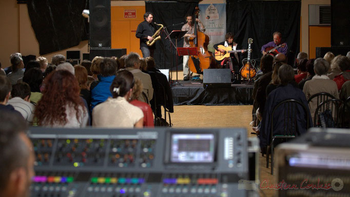 Sonorisation : Tony. Cyril Prévost, Patrick Puech, Bernadette Bourdier, Jean-Michel Bourdier; Django Phil, Festival JAZZ360 2013, Latresne. 09/06/2013