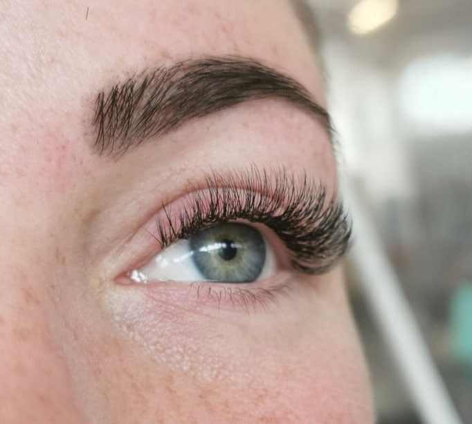 Treatwell wimperlift rotterdam permanente mascara microblading henna brows