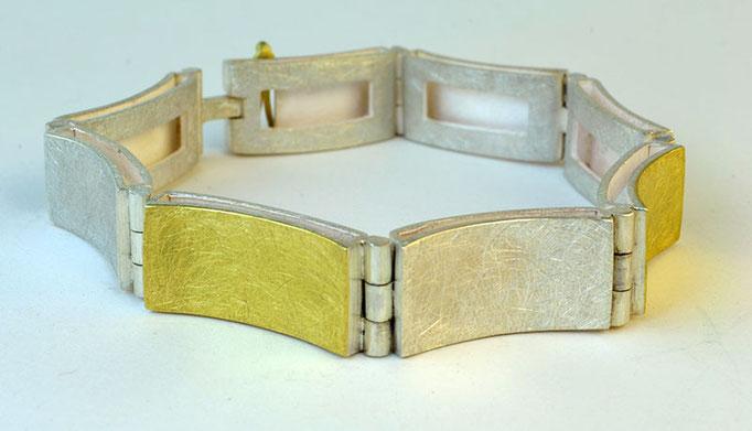 Concave hinge bracelet, 18KY, sterling
