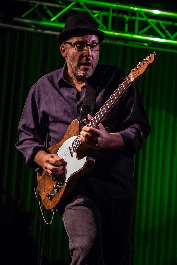 Jon Diamond (Dana Fuchs Band), Musiktheater REX, Bensheim.