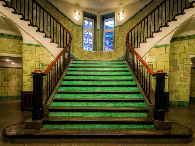 Hamburg. Treppenaufgang im Chilehaus