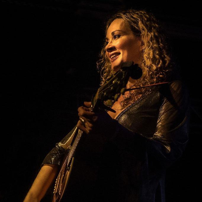 Dana Fuchs. Musiktheater REX, Bensheim, 10/2015.