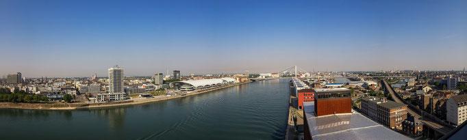 Mannheim. Panorama vom Oberrheinhaus.