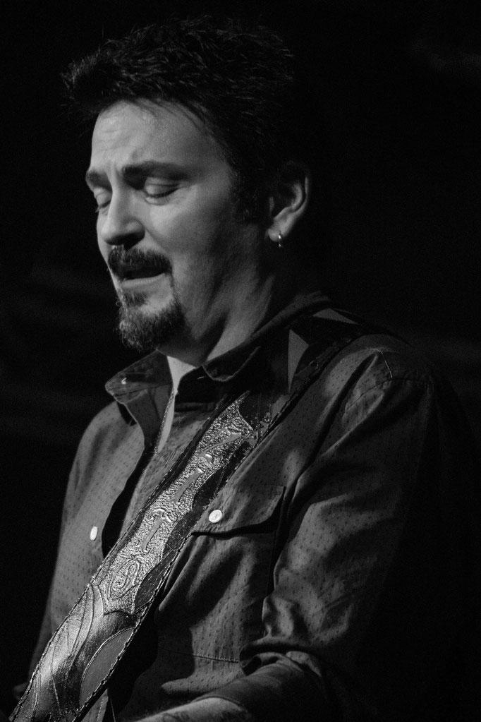 Mike Zito, Musiktheater REX, Bensheim, 11/2015.