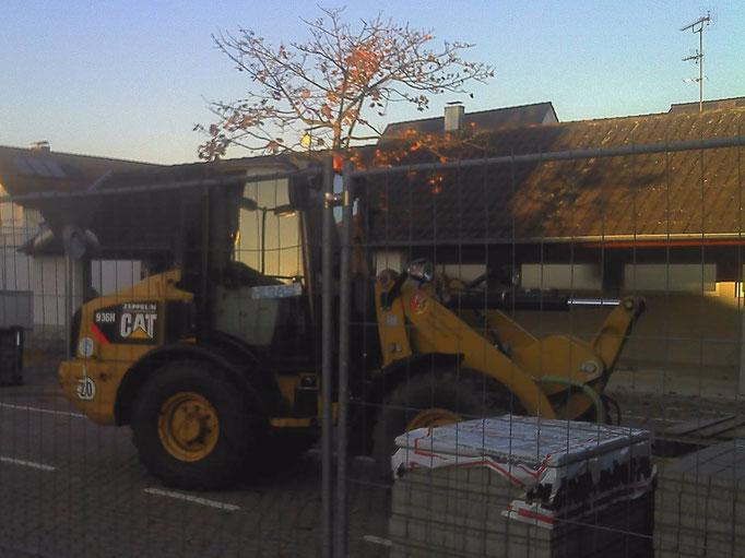 Bautätigkeit auf dem Schulhof