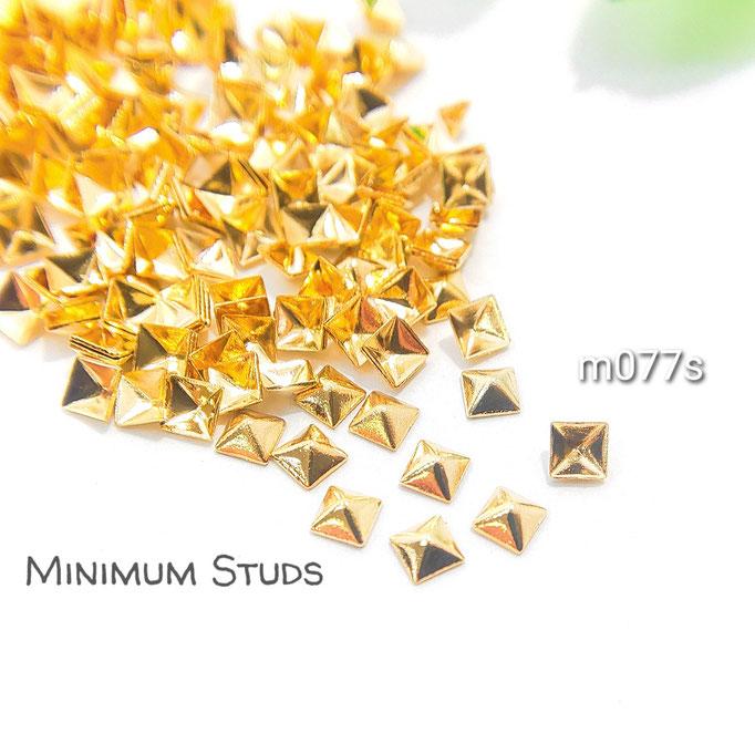 約95個 極小 銅製*半立体スタッズ・レジンやネイルに* 1辺約3mm 正方【m077s】