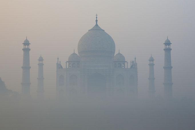 Taj Mahal im Smog