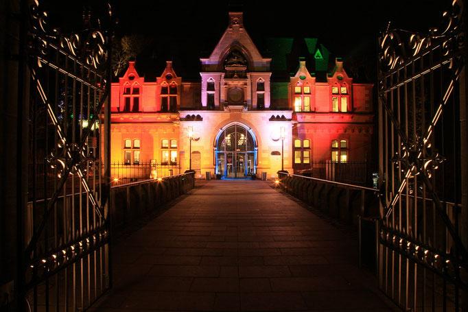 Eingang zum Schloss Drachenburg