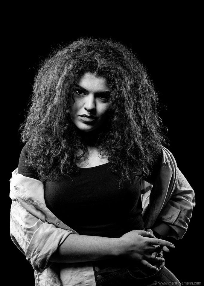 Jasmin Hassane - Stage Actress