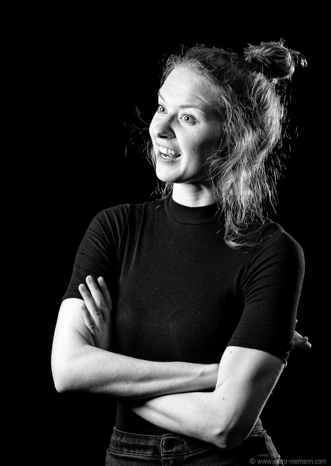 Nadja Schimonsky - Stage Actress