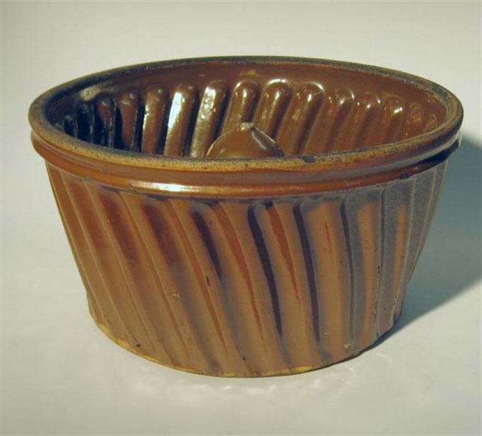 2919/Kuchenform ~ 1900, H 14,5 Ø 28 cm, EUR 60,-