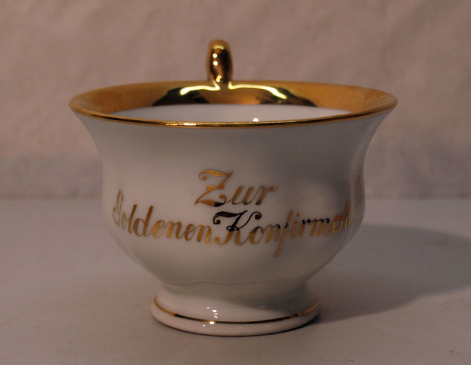 "4259/ Tasse ""Goldene Konfirmation"" ~1900, CT Altwasser, H 7cm, EUR 40,-"