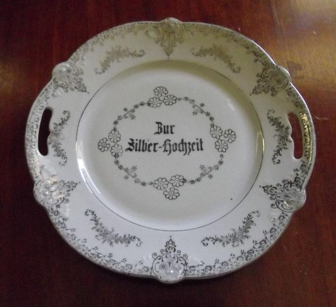 "3182/Teller ""Silberhochzeit"" ~1900, o. Marke, Ø25 cm, EUR 25,-"