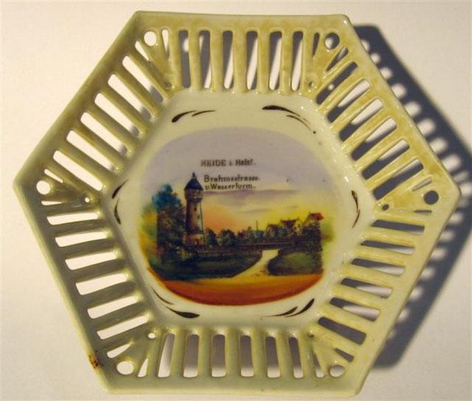"""2721/Teller """"Stuttgart"""" ~ 1900, Marke """"V&B Mettlach, Ø 16 cm, EUR 28,-"""