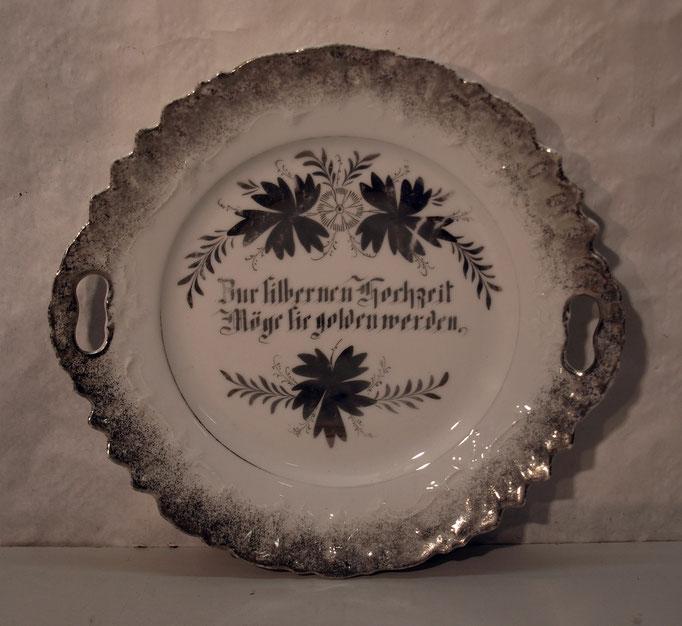 4115/ Silberhochzeitsteller ~1900,o.Marke, L 27cm, EUR 22,-