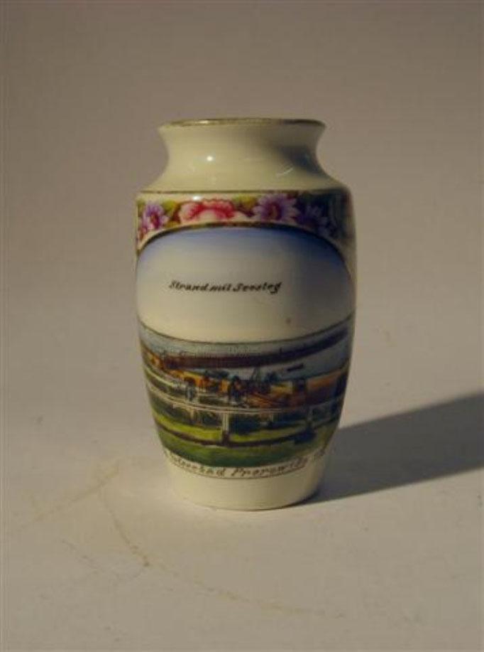 "2947/Vase ""Prerow"" ~ 1900, o. Marke, H 9,5 cm, EUR 20,-"