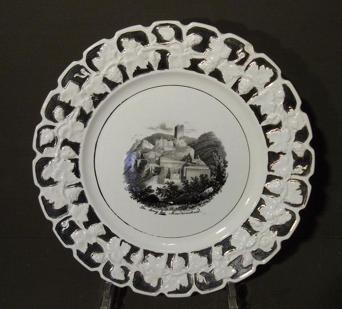 """4361/ Andenkenteller ~1900, """"Burg bei Manderscheid"""", ohne Marke, Ø 22,5cm, EUR 32,-"""
