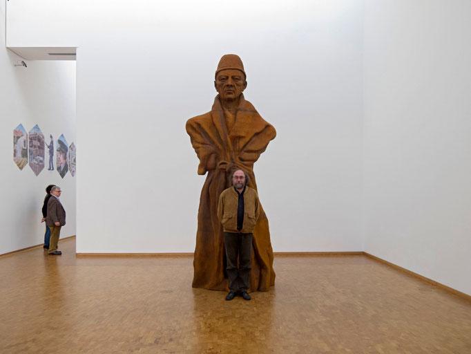 Thomas Schütte, Vater Staat, 2011 / mit Roger Helmig
