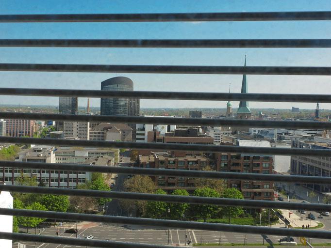 Blick von der Gastronomie im Turm auf Dortmunds Innenstadt